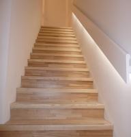 Treppen und Beleuchtung